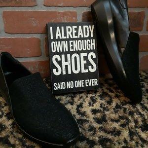 ECCO Black Sparkle Incise Urban Stretch Slip Shoes